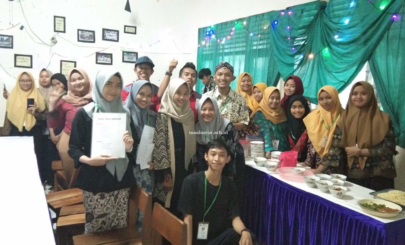 Mini Cafe : Ujian Praktek Mapel Prakarya dan Kewirausahaan Kelas XII MA Al Asror Semarang Tahun 2020